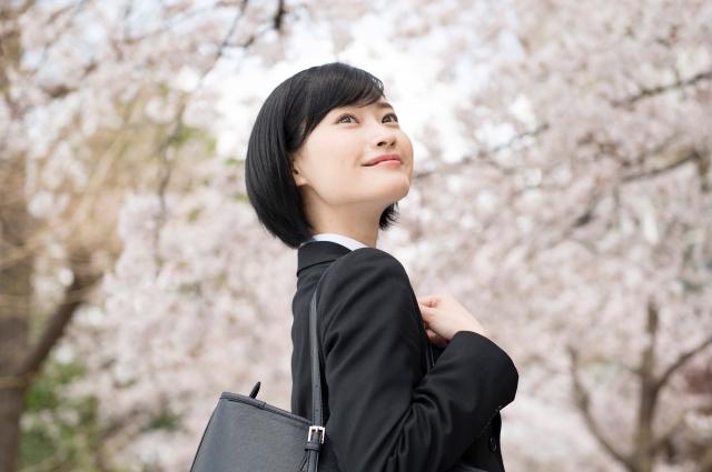 洋服の青山のCM ポニテ女優は誰?名前は宮本夏花